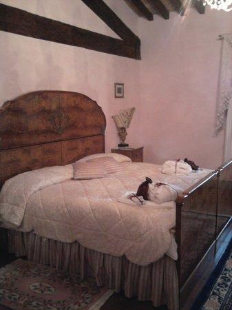 Villa Poggio Bartoli: Letto da favola