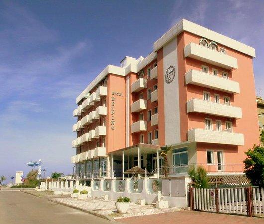 esterno Hotel Delfino