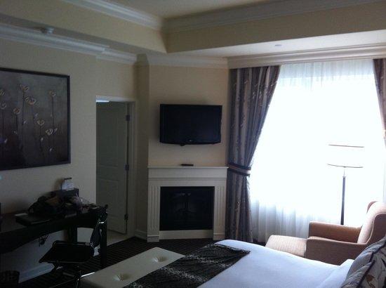 Le St-Martin Hotel Particulier Montreal: our suite - toulouse suite