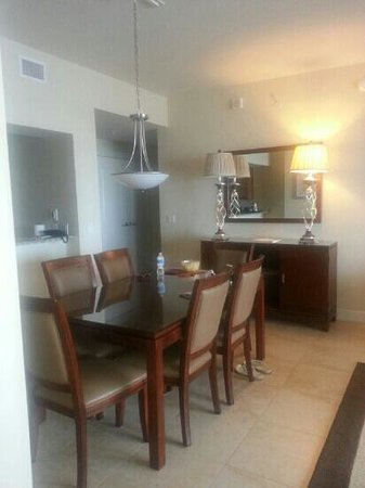 The Westin Cape Coral Resort At Marina Village: dining room