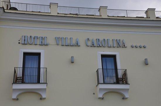 Hotel Villa Carolina: Insegna dell'hotel