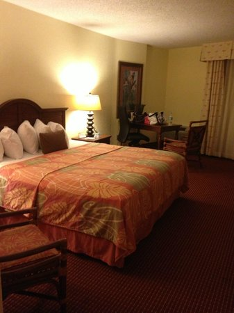 Best Western Plus Aku Tiki Inn: King room with Ocean view