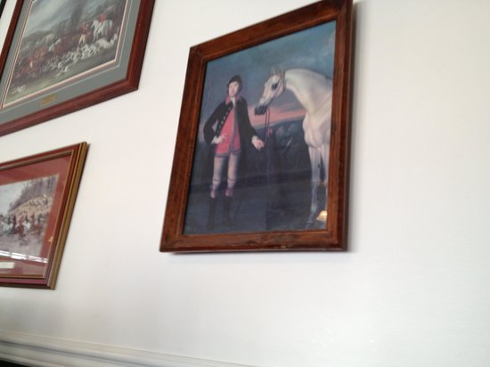 Uncle Buck's Family Restaurant: Picture near our booth.