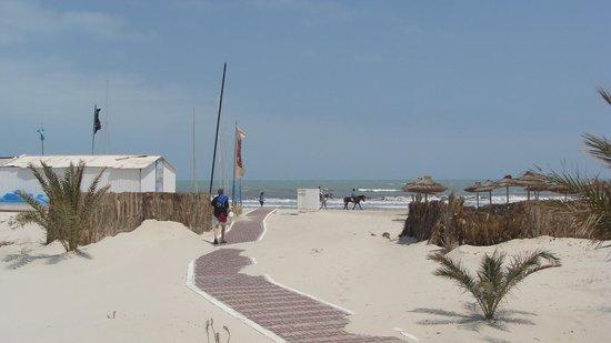 IBEROSTAR Mehari Djerba : chemin pour la plage