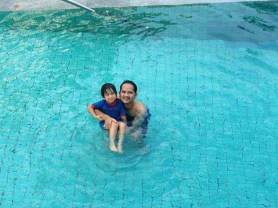 Deevana Plaza Krabi Aonang: สระว่ายน้ำ