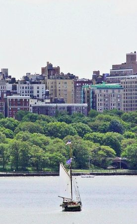Homewood Suites by Hilton Edgewater - NYC Area: View from our room