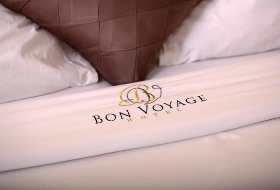 Hotel Bon Voyage: Soft Sheets