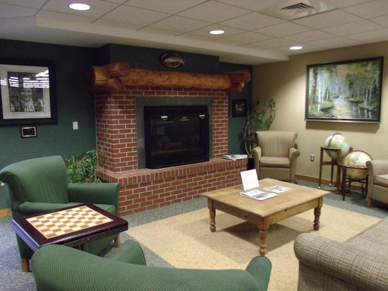 Crawford County, MI: Library lounge