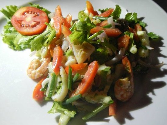 Thipwimarn Resort: Mixed vege with seafood