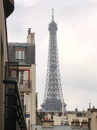 Hotel Jardins d'Eiffel View from Room