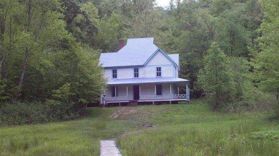 Cataloochee Campground: House