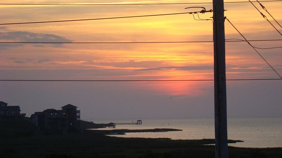 Cape Hatteras Motel: Sunset over the sound - view from 3rd floor unit beach front