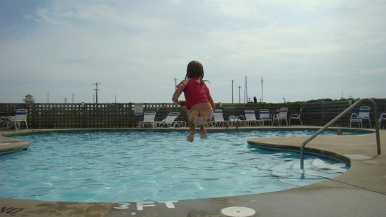 Cape Hatteras Motel: Nice large, clean pool