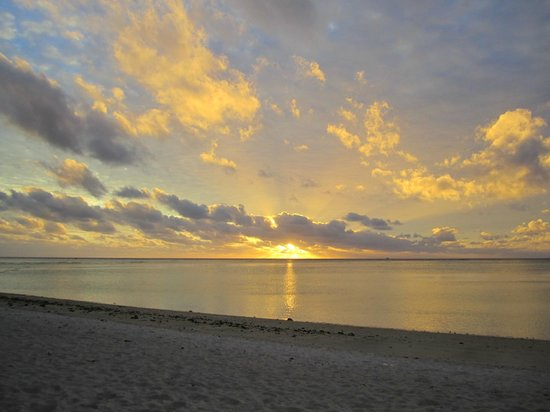 Aitutaki Beach Villas: Beautiful end to a beautiful day!