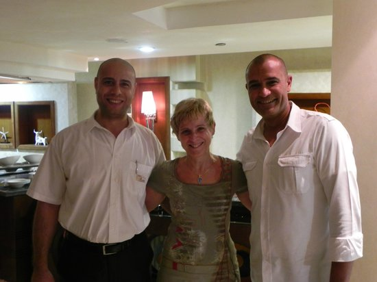 Premier Romance Boutique Hotel and Spa : Avec les managers