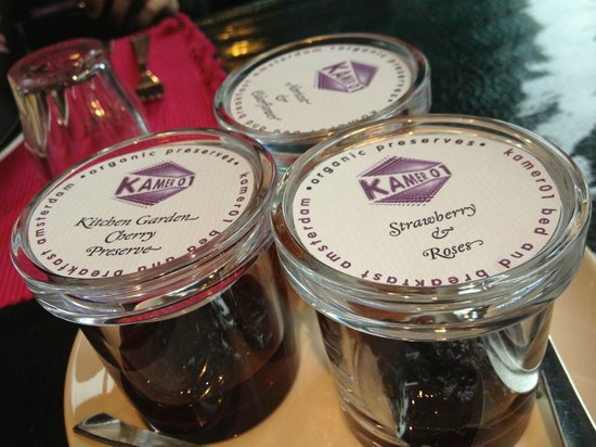 Boutique B&B Kamer01: Home made preserves for your delicious breakfast!