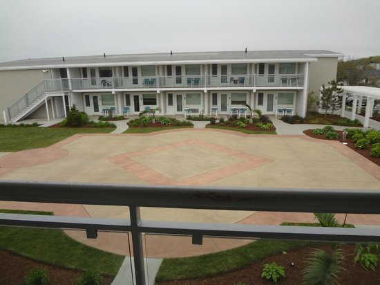 Sea Crest Beach Hotel: View straight in front of balcony