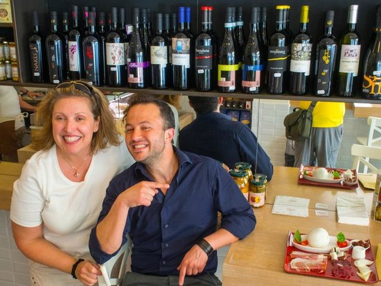 Suites Trastevere: At Bufalini with Marcos