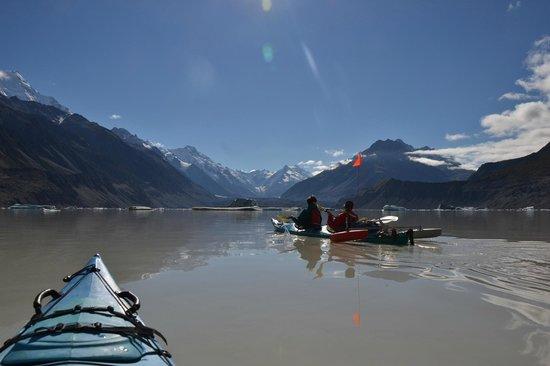 Southern Alps Guiding: Kayaking on Glacier Tasman Lake