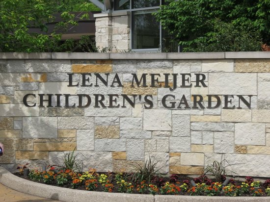 4 Picture Of Frederik Meijer Gardens Sculpture Park