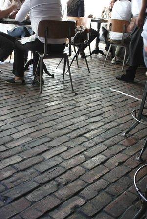 Gjelina floor