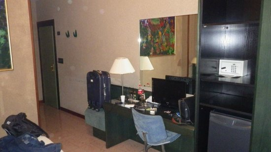 Galles Hotel: room