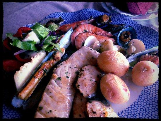 Grill Costa Mar : mixed fish grill