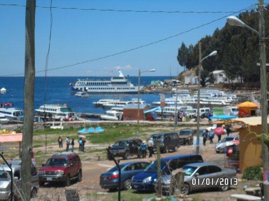 Hotel Mirador: Vista desde el comedor al lago