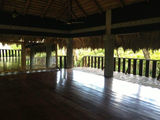 Natura Cabana Boutique Hotel & Spa: yoga palapa