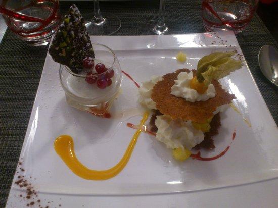 La Courtine: Dessert ananas