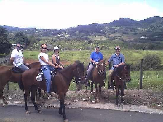 Pr4less Tours Adventure: with your friend and family.