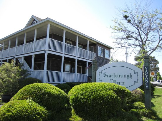 Scarborough Inn: Front view