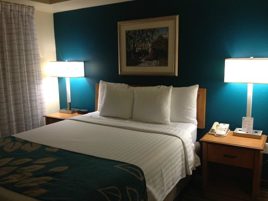 Residence Inn Scottsdale North : Bedroom