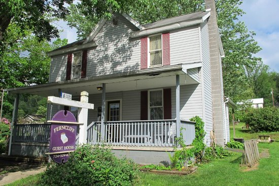 Ohiopyle State Park: Ferncliff Guest House, Ohiopyle, PA
