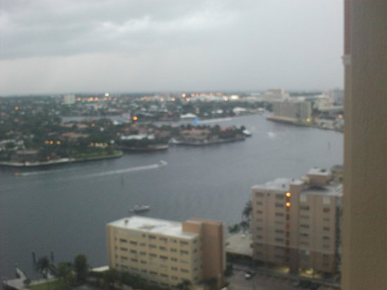 Marriott's BeachPlace Towers: View of intercoastal -cloudy evening
