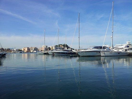 Sharme Restaurant Lounge bar : toller Ausblick über den Hafen