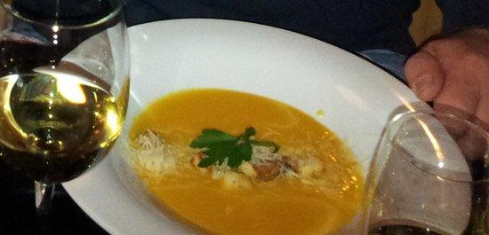 Sharme Restaurant Lounge bar : Eine Suppe zum Reinsetzen