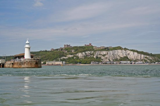 Dover White Cliff Tours: The only cliff you see from the tour...Dover Castle cliff face.