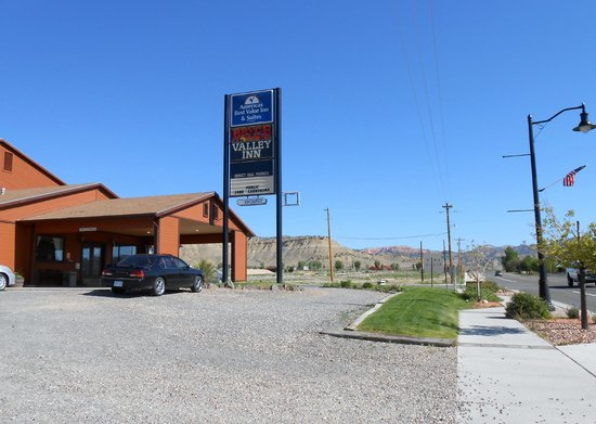 Americas Best Value Inn & Suites-Bryce Valley: ABVI front