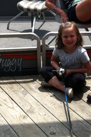 Lindsey's Resort: Dock fishing