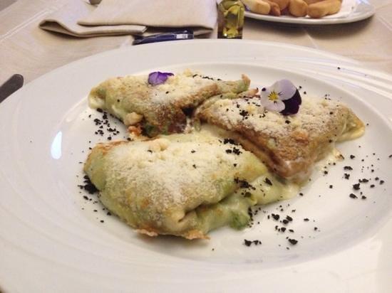 Best Western Hotel La' Di Moret: room Service - lasagnette ai profumi delle Alpi carniche. TANTO BELLE QUANTO BUONE