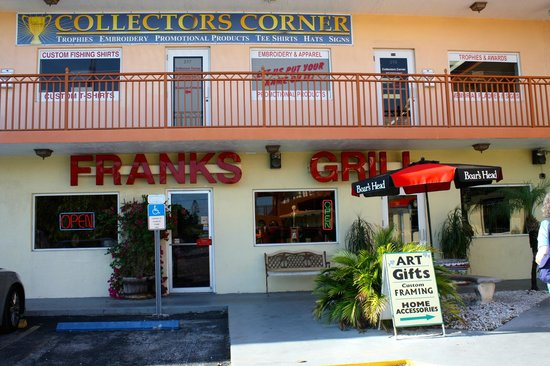Frank's Grill: Don't be deceived by the entrance!