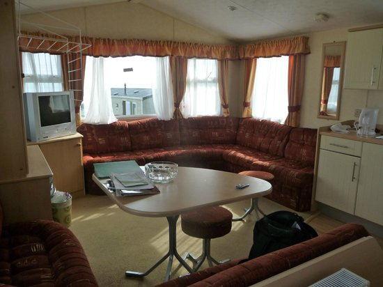 Ayr Holiday Park: Lounge / Kitchen area