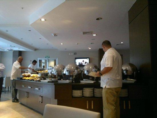 Hotel Ciudad de David: buffet - almuerzo