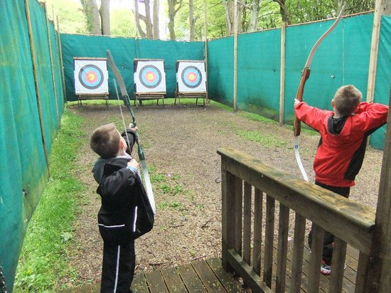 Rockhill Holiday Park: Archery at Rockhill