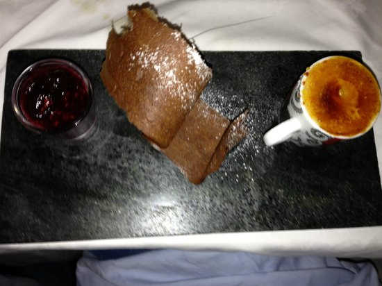Housel Bay Hotel & Restaurant: lovely cream brule