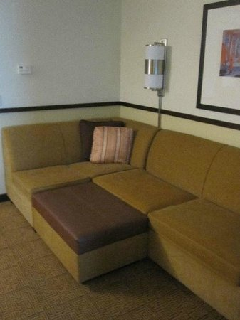 Hyatt Place Mohegan Sun: Sitting Room