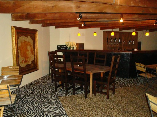 Grill Caliente: Downstairs - private parties!