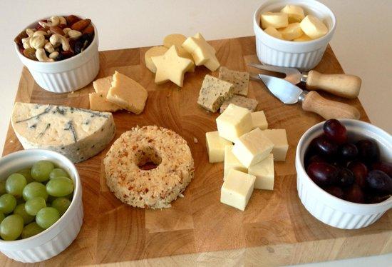 JJ's Kitchen: Cheese board