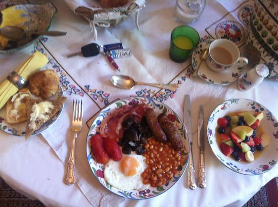 Longham Farm House : Best brekkie in Bournemouth!